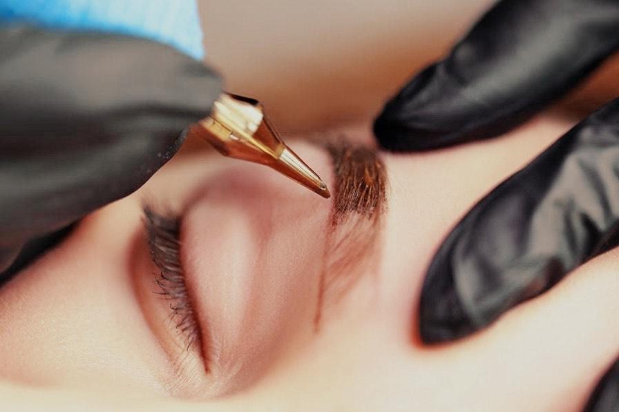 Permanent Makeup Augenbraue